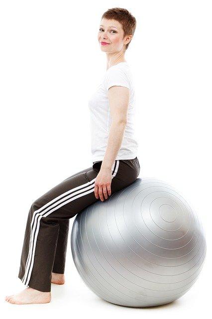 Piłki do ćwiczeń: wady postawy