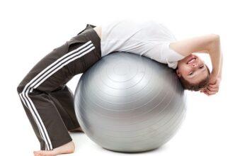 Piłki do ćwiczeń: rozciąganie