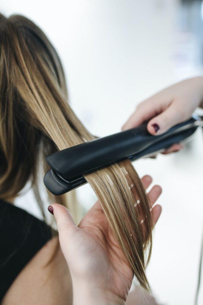 Prostownica do włosów: płytka