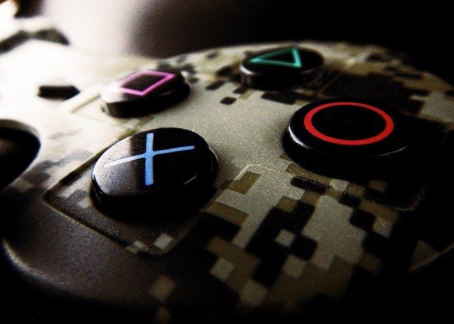 PlayStation 5: kontrolery