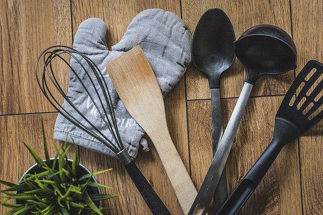 akcesoria kuchenne rodzaje tworzyw