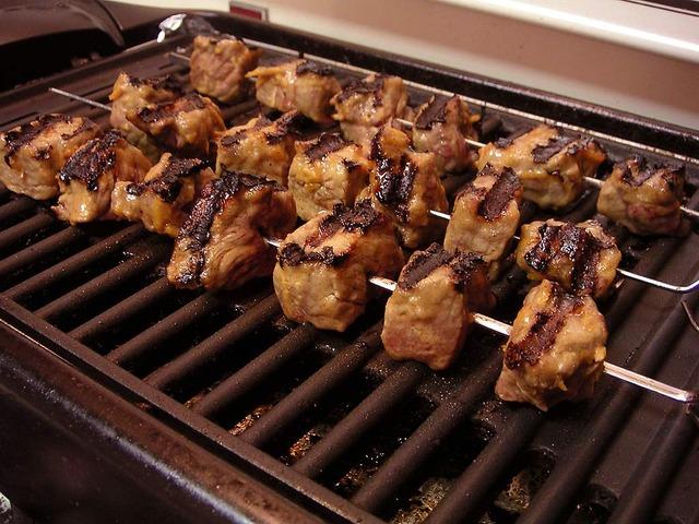Grill elektryczny mięso